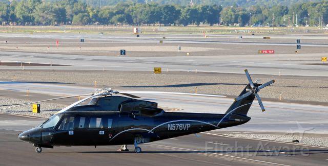 Sikorsky S-76 (N576VP)