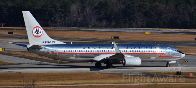 Boeing 737-800 (N905NN) - The beautiful Astrojet as seen from the RDU parking deck, 12/10/17.