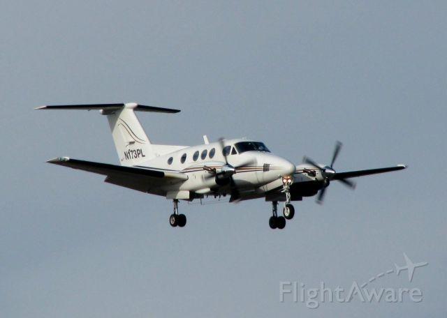 Beechcraft King Air F90 (N173PL) - Landing on runway 05 at Shreveport Regional.