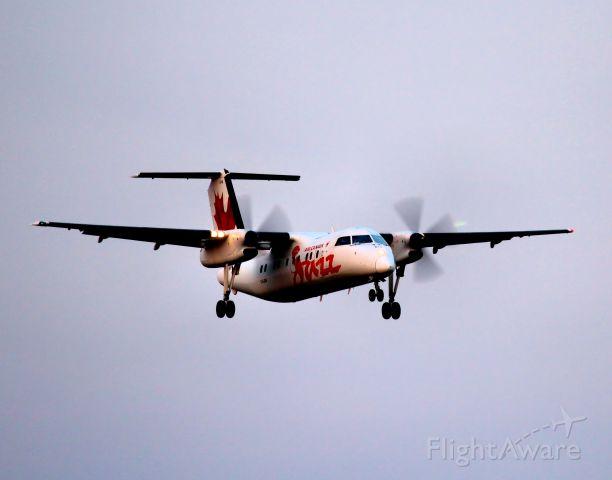 de Havilland Dash 8-100 (C-GJSV)