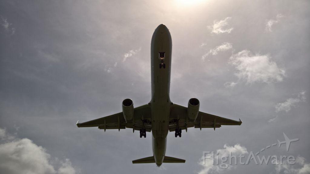 Boeing 757-200 (N179AA)
