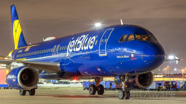 Airbus A320 (N775JB)