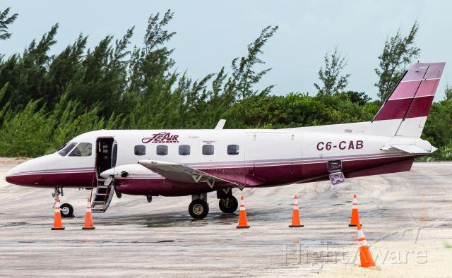 Embraer EMB-110 Bandeirante (C6-CAB)