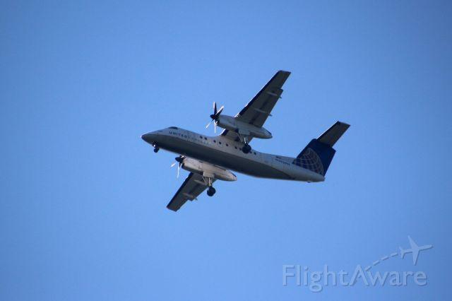 de Havilland Dash 8-200 (N362PH)