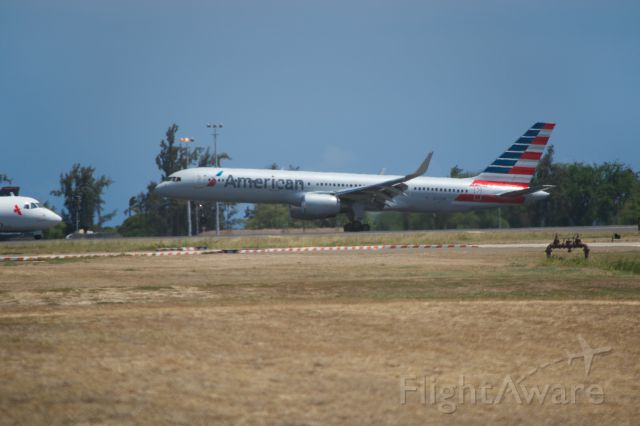 Boeing 757-200 — - American 757 touching down on runway 8L at PHNL.