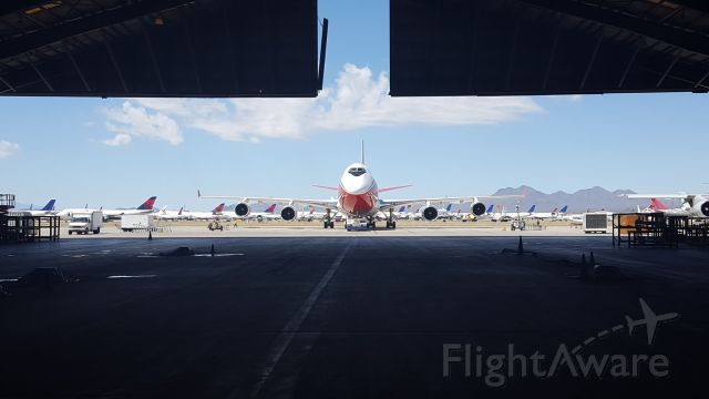 Boeing 747-400 (N744ST) - The first day it was rolled out after completion of the paint job. Pinal Air Park, Marana, Az.