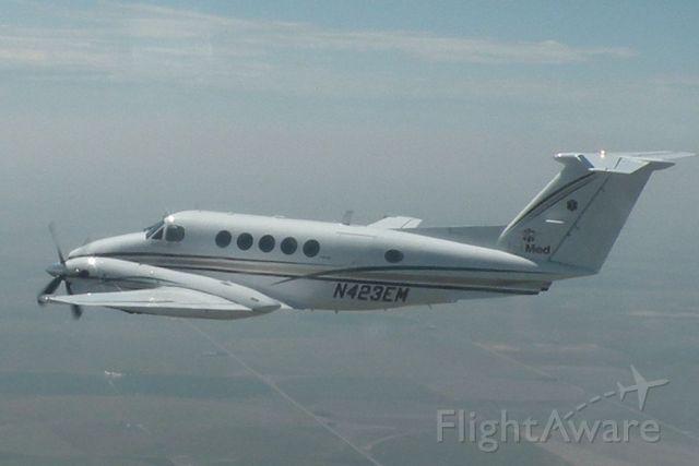 Beechcraft Super King Air 200 (EMD23)