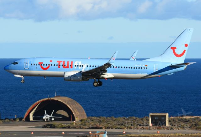 Boeing 737-800 (D-ATYH)
