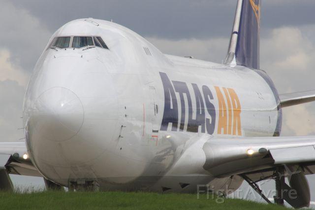 Boeing 747-200 (N477MC)