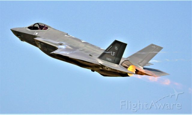 Lockheed F-35C — - Taken during the Wednesday airshow during AirVenture 2019.