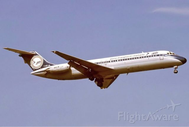 McDonnell Douglas DC-9-30 (I-ATJA) - scanned from postcard