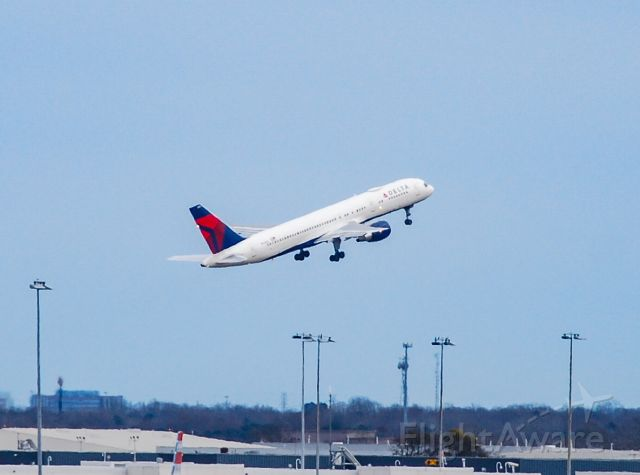 N650DL — - A nice surprise seeing a Delta 757 at CLT.  Headed off to IND.  2/6/21.