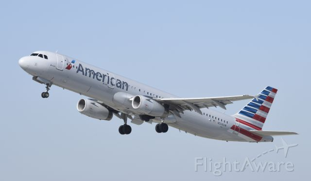 Airbus A321 (N568UW) - Departing LAX on 25L