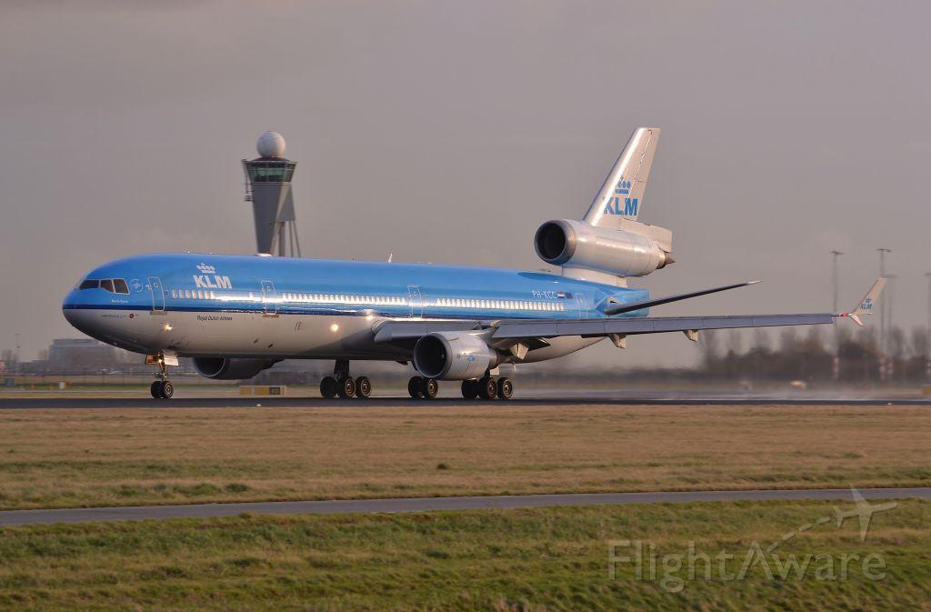 Boeing MD-11 (PH-KCC) - polderbaan
