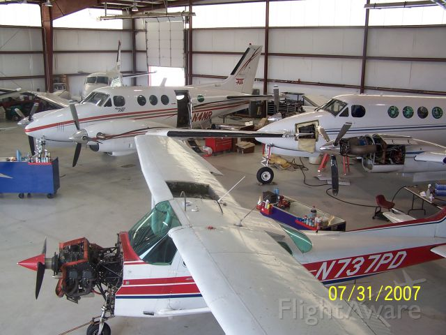 Cessna Skyhawk (N737PD) - Photo taken during maintenance.