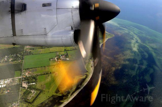 ATR ATR-72 (OY-CIO) - RWY22R departure (ATR72-212A, Cimber Sterling, QI3525 CPH-PRG, seat 4A)