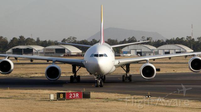 Airbus A340-600 (EC-IZY)