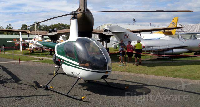 Robinson R-22 (VH-SBQ) - Robinson R22 Beta. VH-SBQ at YCDR/CUD 2017-05-17.