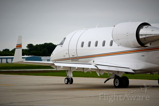 Canadair Challenger (N420SK) - Nice Challenger 600 taxing out at Wittman Regional Airport, WI.