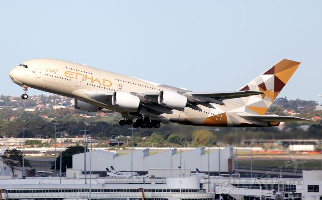 Airbus A380-800 (A6-APH) - Climbing From Rwy 34L