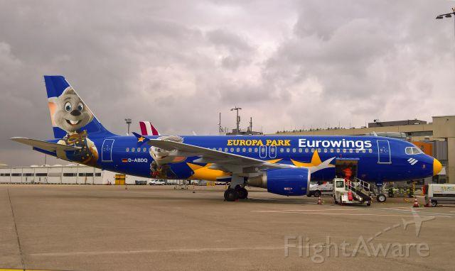 Airbus A320 (D-ABDQ)