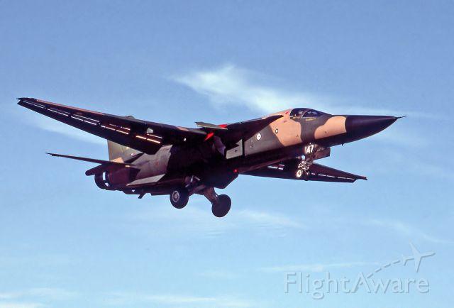 A8147 — - AUSTRALIA - AIR FORCE - GENERAL DYNAMICS F-111C AARDVARK - REG : A8-147 (CN D1-23) - EDINBURGH RAAF BASE ADELAIDE SA. AUSTRALIA -YPED (16/11/1986)