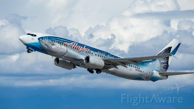 Boeing 737-800 (N559AS) - Departing 25Lbr /3/3/18