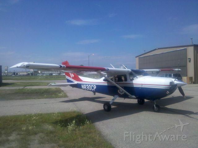 Cessna Skylane (N830CP)