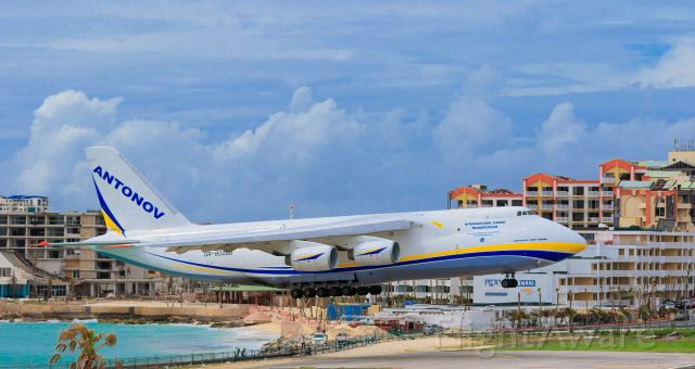 Antonov An-124 Ruslan (UR-82008) - Antonov 124-100M landing at TNCM St Maarten.