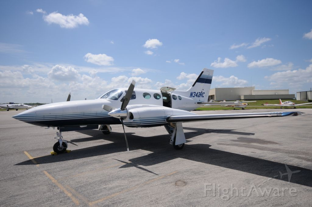 Cessna 421 (N342RC)