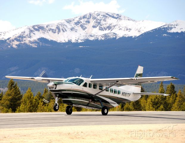 Cessna Caravan (N681TF) - I snagged this photo while Cessna Aircraft was doing a promotional photo shoot in Leadville.