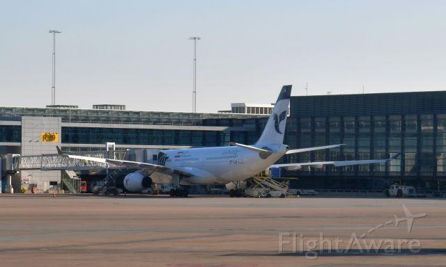 Airbus A330-200 (EP-IJA) - Iran Air Airbus A330-243 EP-IJA in Stockholm Arlanda