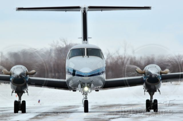 Beechcraft Super King Air 200 (C-GGGQ) - This plane just arriving from northern Saskatchewan on a snowy day.