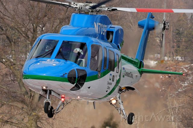 Sikorsky S-76 (N709P) - N709P, a Cleveland Clinic Critical Care Transport Sikorsky S76C+ lifting off from the Cleveland Clinic Fairview Hospital helipad en route to the Cleveland Clinic main campus on 23 Feb 2021. The flight took a whole 8-minutes.