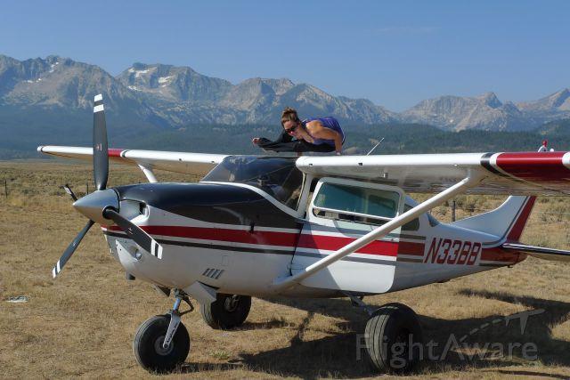 Cessna 206 Stationair (N33BB)