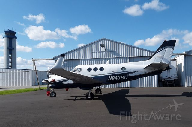 Beechcraft King Air 90 (N943SD)