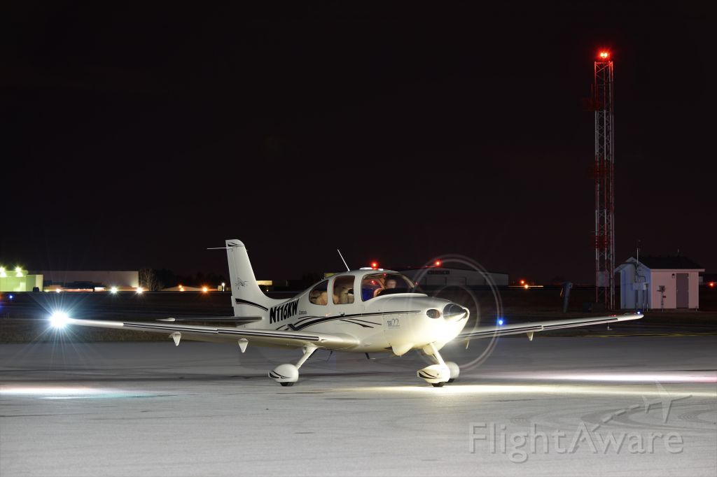 Cirrus SR-22 (N116KW)