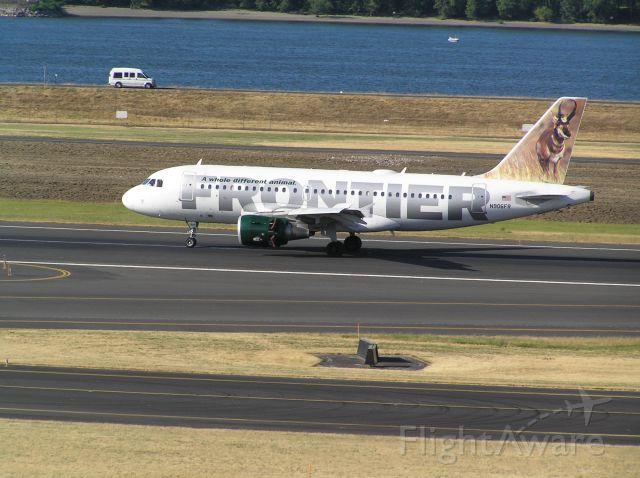 Airbus A319 (N906FR) - 2010-07-29 1804 PDT
