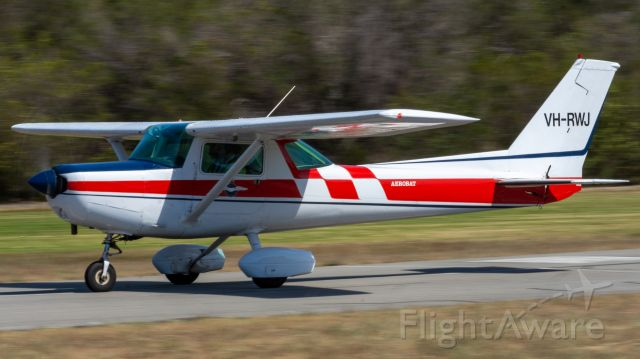 Cessna 152 (VH-RWJ)