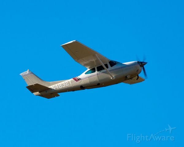 Cessna Skylane RG (N4832T) - Cub scouts flying event