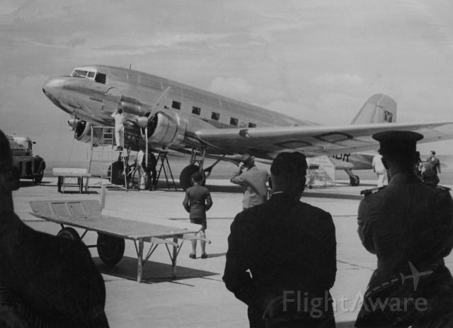 Douglas DC-3 (VH-ABR) - Scanned from a photograph.