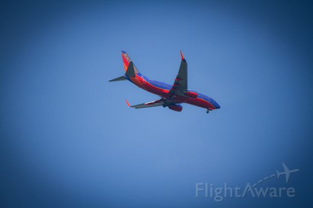Boeing 737-700 (N435WN) - Southwest Airlines prepares for landing at Charleston International Airport, Charleston, S.C.