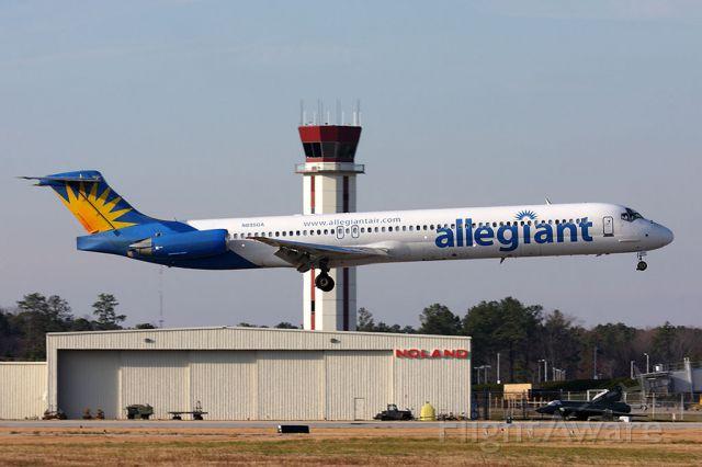 McDonnell Douglas MD-82 (N895GA) - Allegiant Air N895GA (FLT AAY644) from Orlando Sanford Intl (KSFB) landing RWY 7.