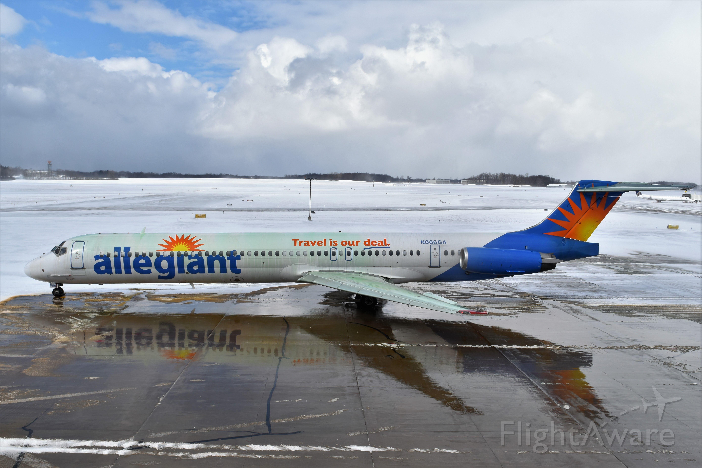 McDonnell Douglas MD-82 (N886GA) - Best in full