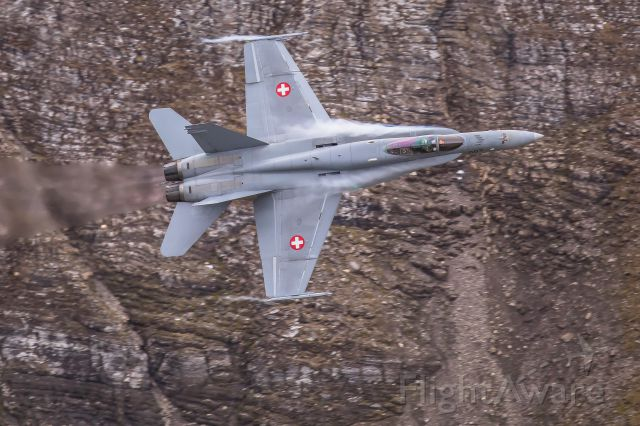 McDonnell Douglas FA-18 Hornet (J5007) - Swiss Air Force<br />Boeing F/A-18 C (J-5007) at Axalp shooting range