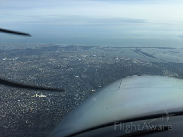 Beechcraft King Air 90 (N314AB) - KJFK in the foreground from 7000