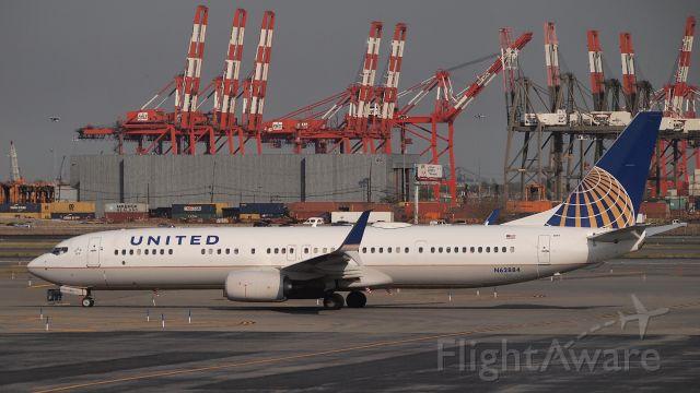 Boeing 737-900 (N62884)