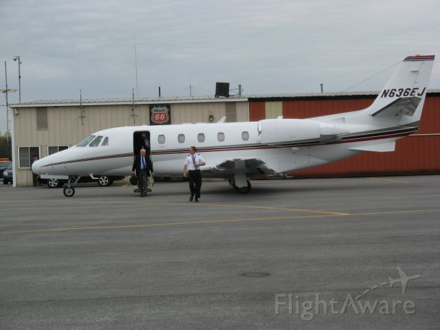 Cessna Citation Excel/XLS (N636EJ) - 2002 CESSNA CITATION EXCEL unloading passengers at Oswego County NY Airport(KFZY) on 5/5/09.