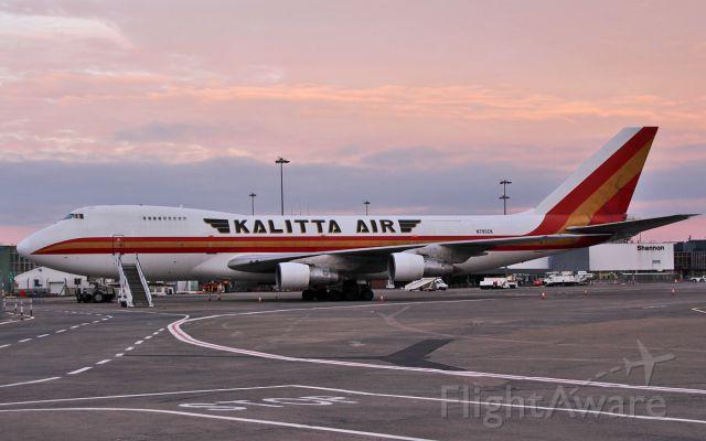Boeing 747-200 (N795CK) - kalitta air b747-200 n795ck at shannon this morning 29/10/16.
