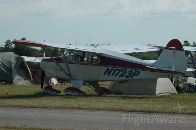 Piper PA-22 Tri-Pacer —